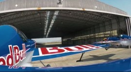 TAGOVI Avion svetski rekord piloti hangar