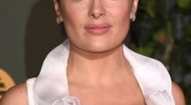 Na svečanosti u Londonu glumica Selma Hajek se pojavila sa šokantnim dekolteom.
