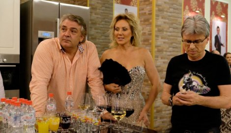 Ko pre devojci, njemu i devojka: Boba Živojinović, Lepa Brena i Saša Popović