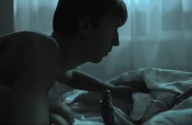 Zadovoljio je ženu oralno - a onda je podigao pokrivač... (VIDEO)