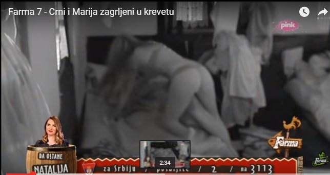 Farma 7 - Crni i Marija zagrljeni u krevetu